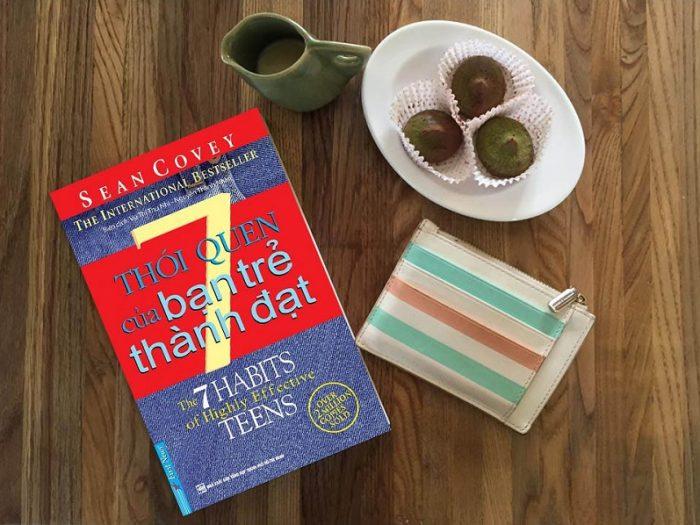 Review sách 7 Thói Quen Của Bạn Trẻ Thành Đạt